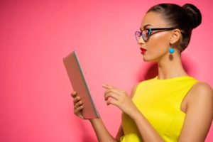 IT企業での女性エンジニアの働き方と転職事情を解説