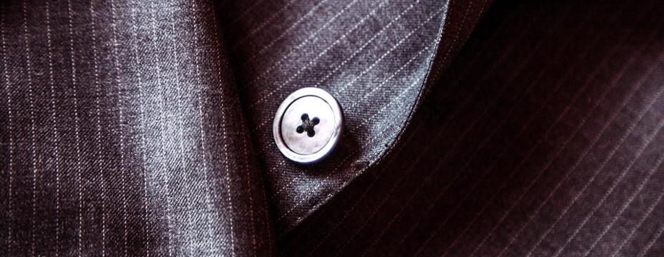 意外と知らないジャケットのボタンルール