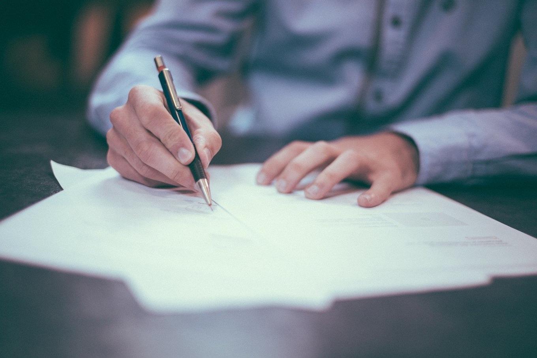 AIによる契約書チェックを利用するメリット